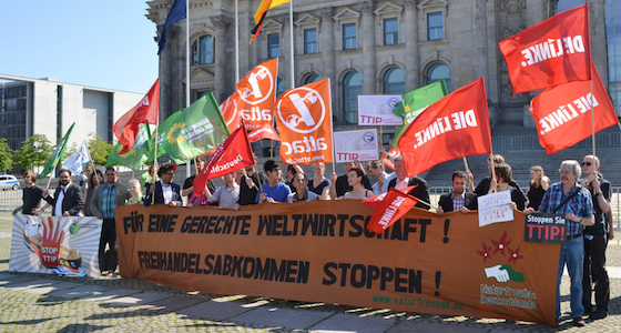 StopTTIP (Foto Uwe Hiksch)