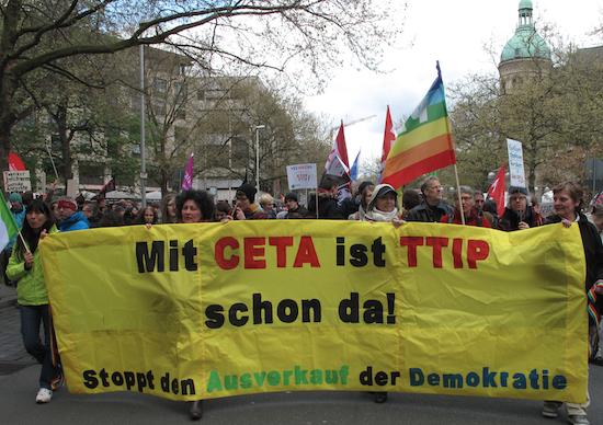 Das Berliner Netzwerk TTIP | CETA | TiSA stoppen! war auch in Hannover