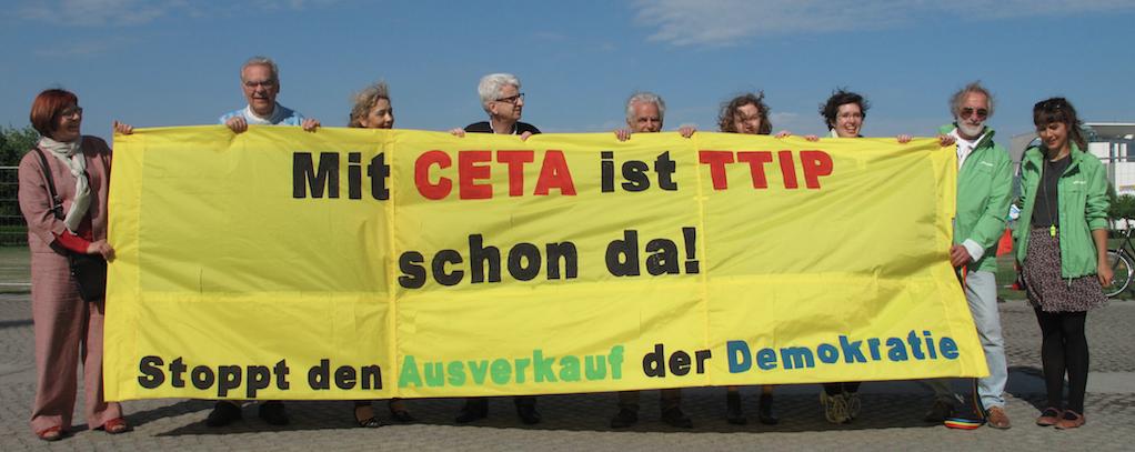 Kundgebung am 13. Mai 2016 vor dem Bundestag